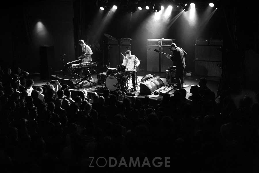 Battles live at Max Watt's Melb © Zo Damage