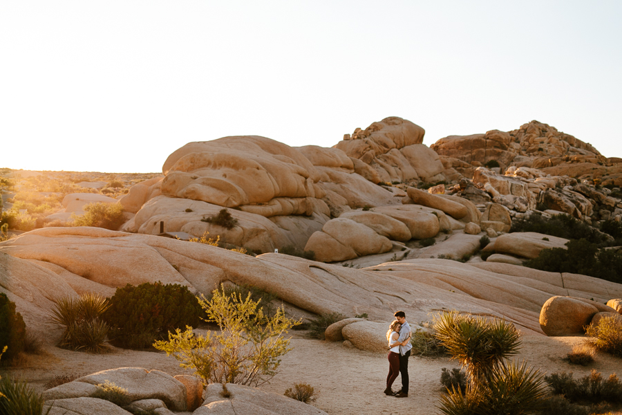 Joshua Tree Engagement Session x The Gathering Season x weareleoandkat 002.jpg