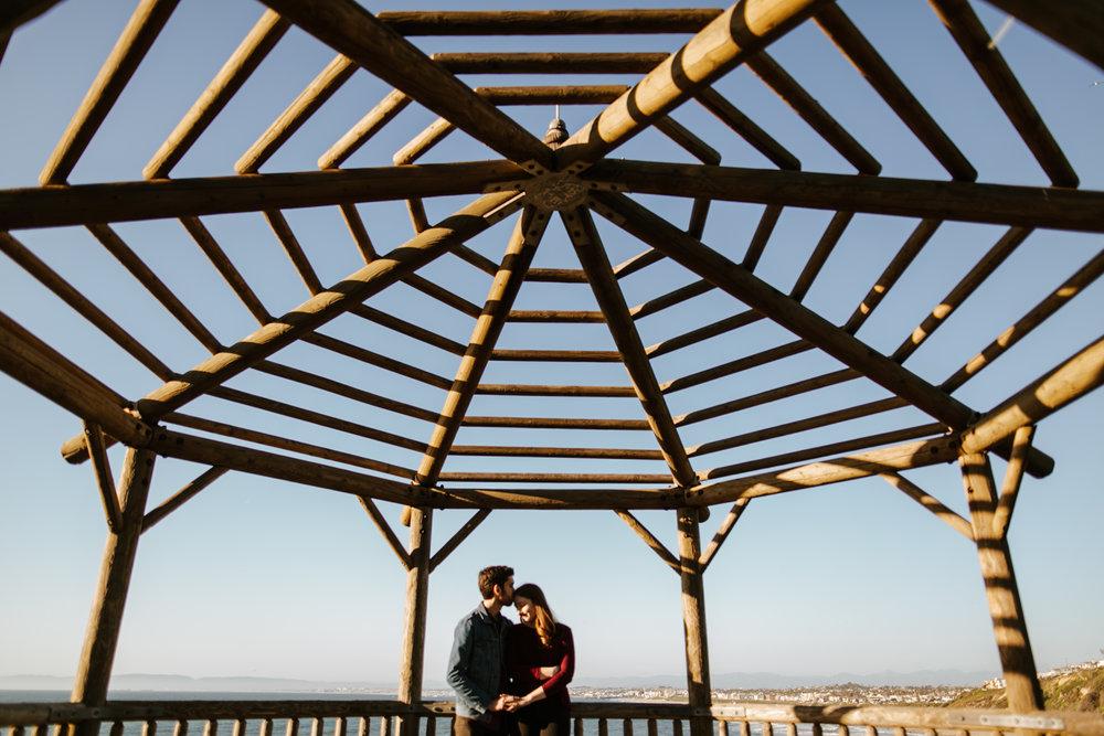 Jody&Matt-EngagementSession-RanchoPalosVerdes-TheGatheringSeasonxweareleoandkat-30.jpg