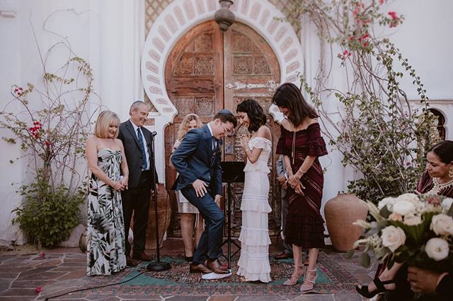 In most Jewish weddings that we photographed, the announcement 'You may kiss the bride' was replaced by the act of breaking the glass. We learned to be extra ready for this moment because missing the first kiss would be a bummer. :) ⠀⠀⠀⠀⠀⠀⠀⠀⠀