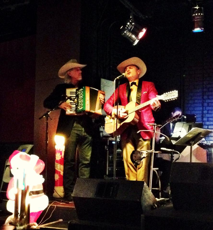 Christmas Cowboys w Richie Lawrence.jpg