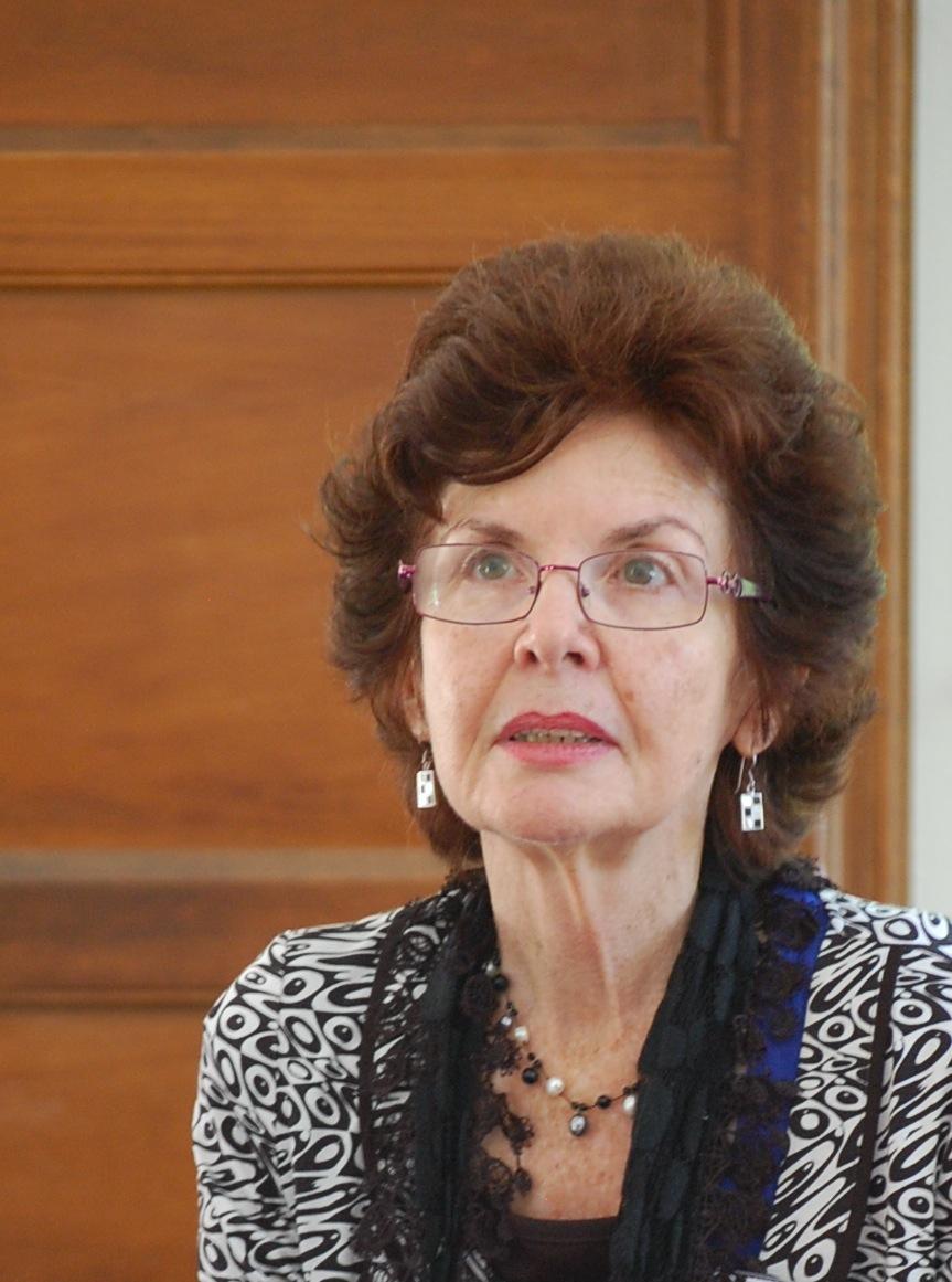 Dr Susannah Benson
