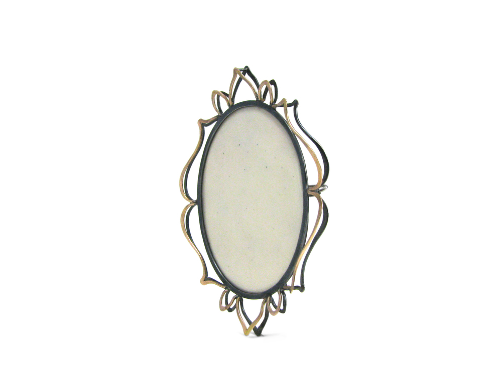 ivory petals brooch side.jpg