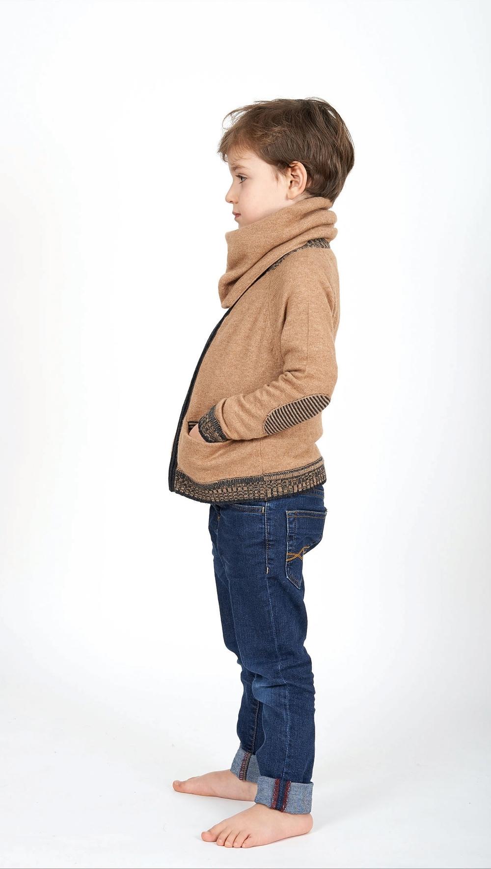 zipped-cashmere-cardigan-Leonid.jpg