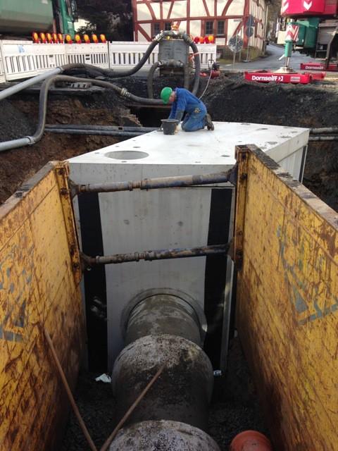 Anbindung des Sonderbauwerks an den neu verlegten Kanal