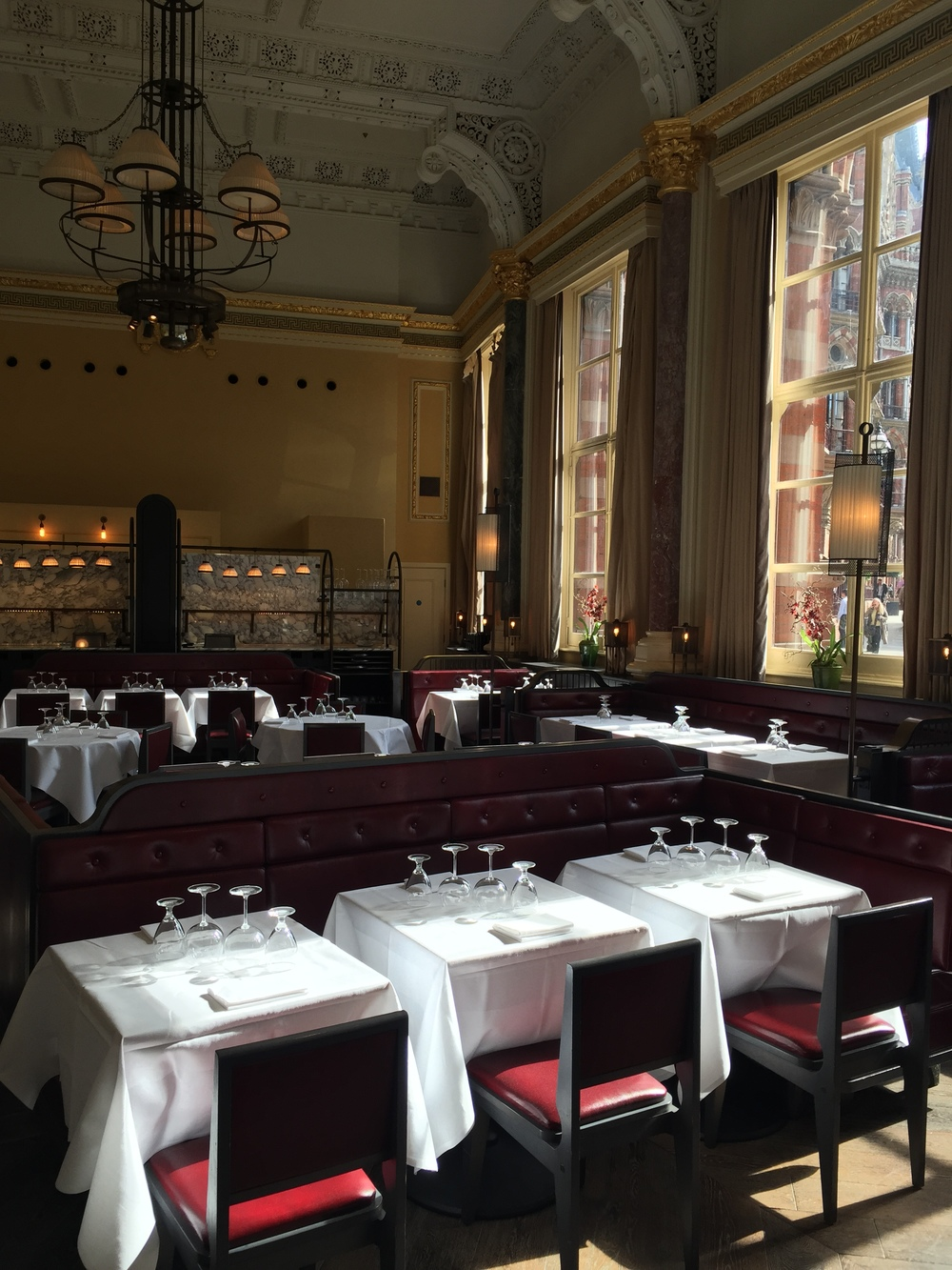 Bit of a tangent but how gorgeous is the dining room in The Gilbert Scott?!