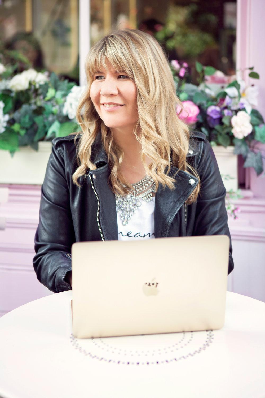 Emma Ward MacBook