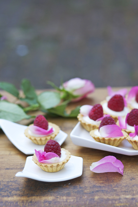 White Chocolate & Mascarpone Tarts