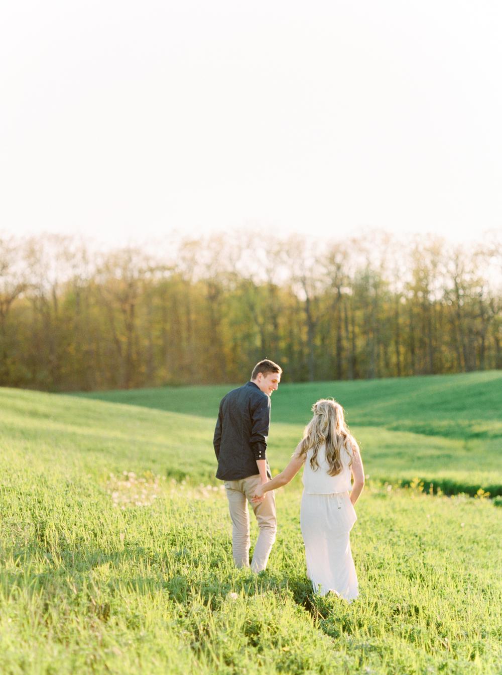 Katie-Nicolle-Niagara-Toronto-Muskoka-Wedding-1.jpg