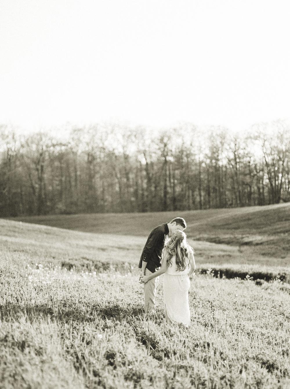 Katie-Nicolle-Niagara-Toronto-Muskoka-Wedding-3.jpg