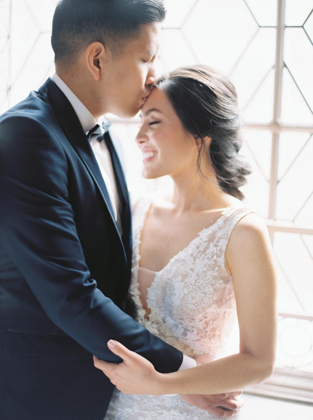 Niagara-Wedding-Photographer-California-film-fine-art-64.jpg