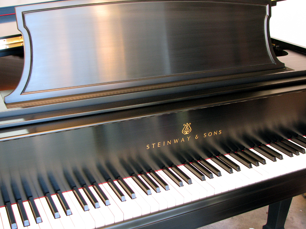 Steinway & Sons Model L. Hand-rubbed black lacquer, satin finish. Watson Piano Works, 2015.