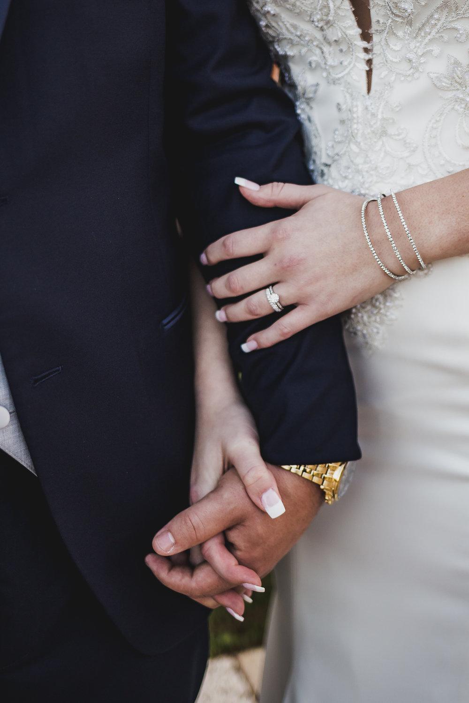 Ian and Jessica Sneak Peak-5.jpg