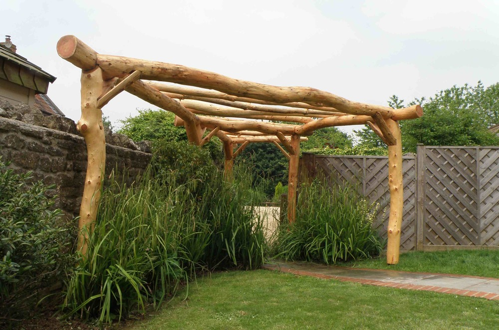 Ordinaire Pergola Larch Roundwood Garden Structure Archway Bristol Design Eco Green  4
