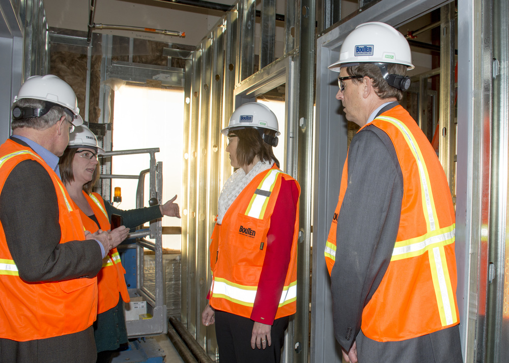 1-congresswoman-cathy-mcmorris-rodgers-visits-sthc-construction_8_23920826364_o.jpg