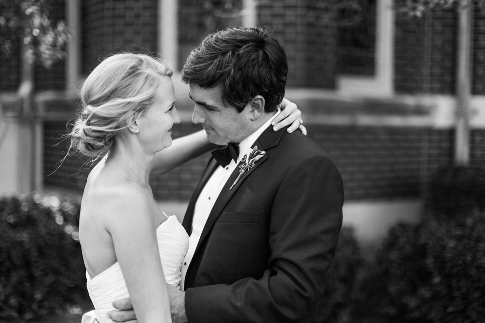 Romantic Memphis Tennessee Estate Wedding Photography
