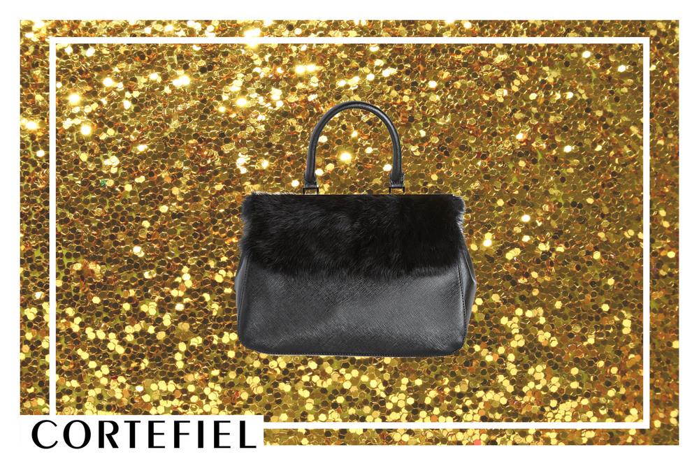 Haz un cambio de 180 grados de tu típico bolso negro por este diseño único que introduce Cortefiel en su colección de Invierno. Destacácon todos tus outfits esta Navidad.