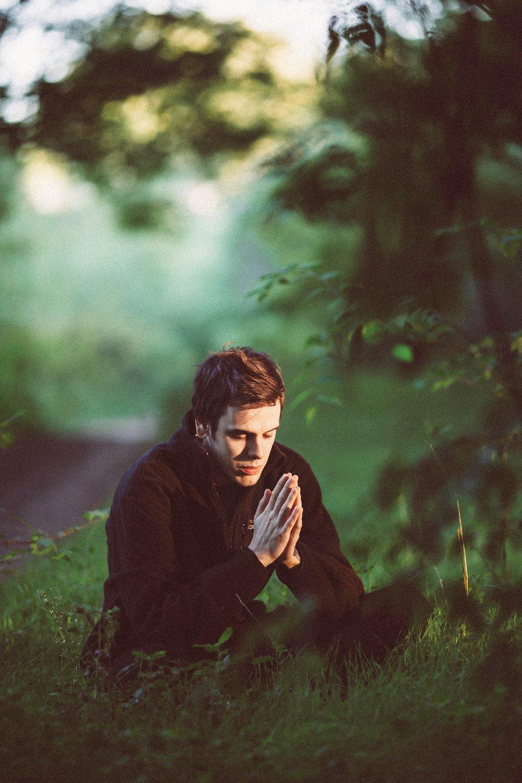 meditation-1350599_1920.jpg