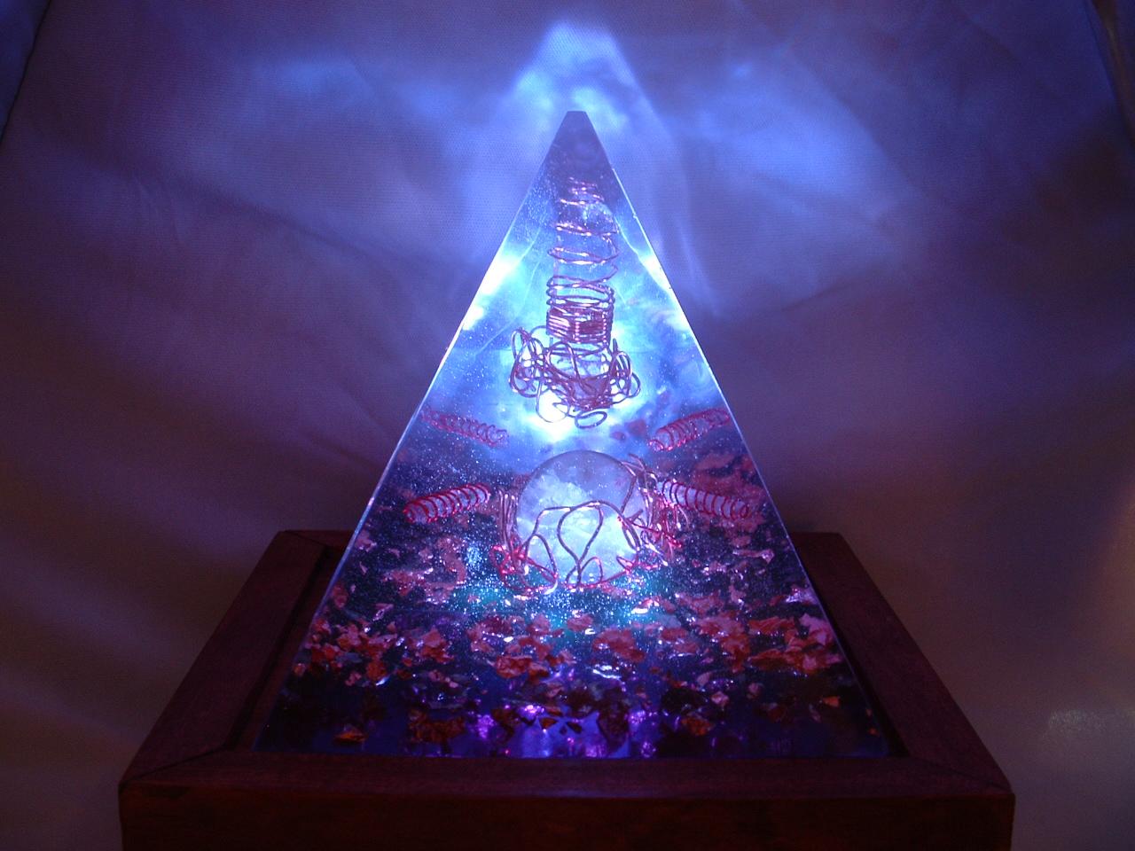 5 Amazing Benefits of Orgone Pyramids