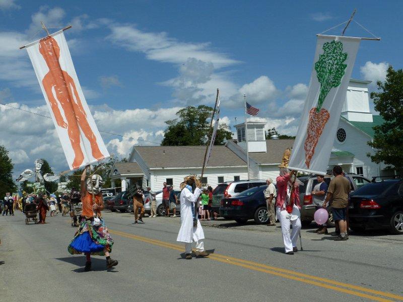 parade43.jpg