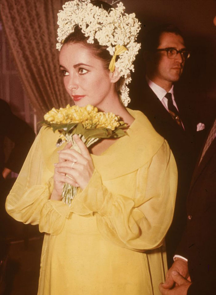 Elizabeth-Taylor-on-their-first-wedding-day-in-1964.jpg