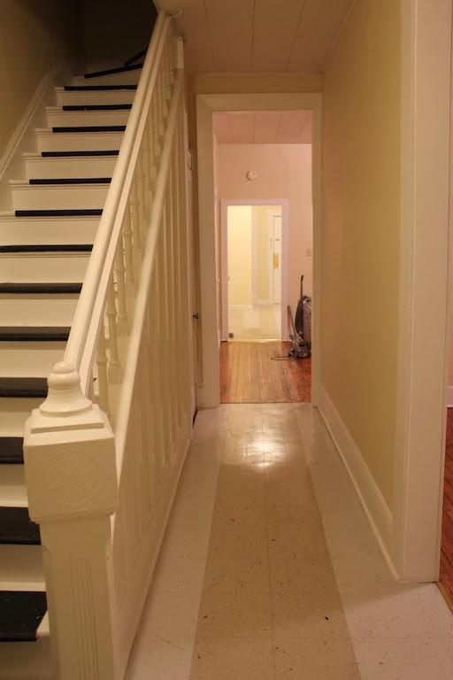 entry+hallway.jpg