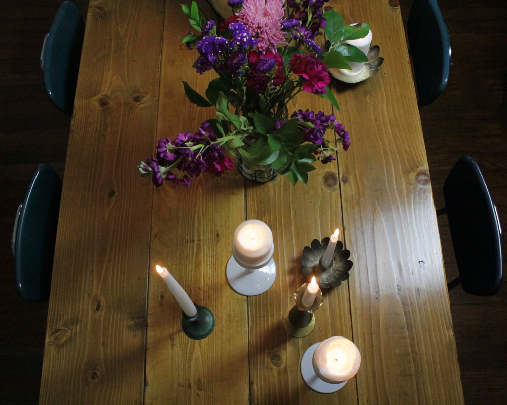 FallGothicTableSettingFlowers7
