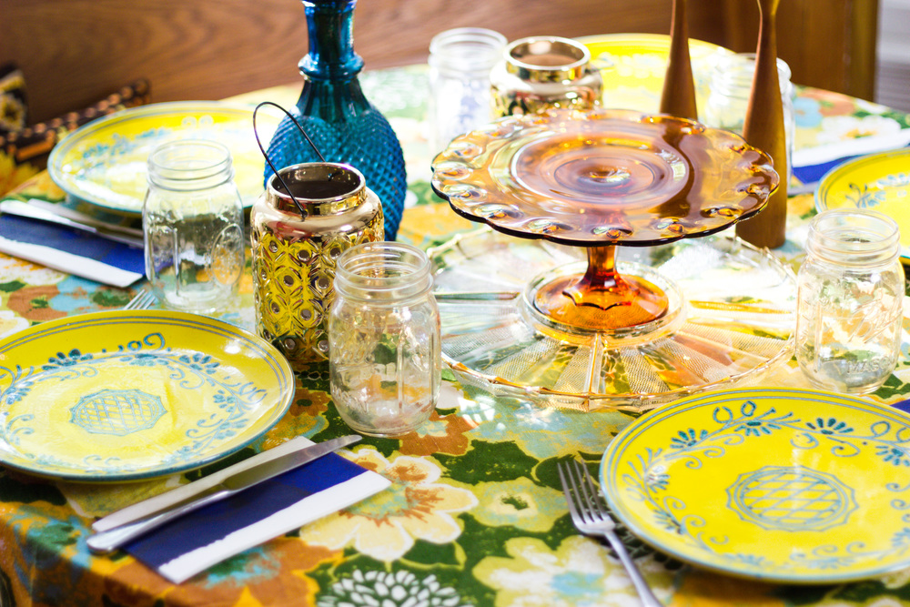 Summertime Dinner Party Table Setting with Mod Floral Table Cloth