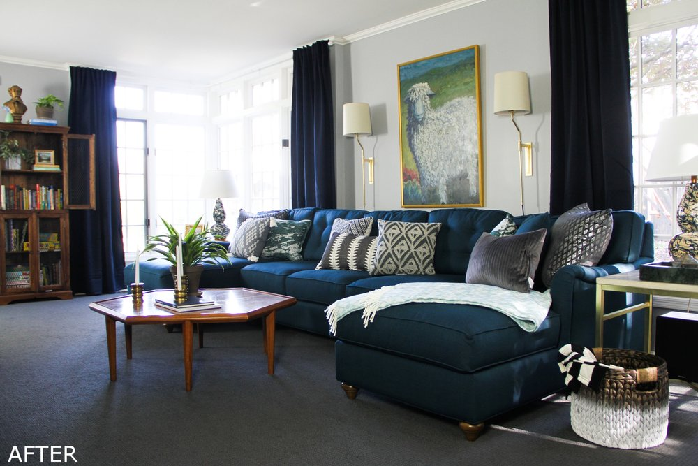 Blue Traditional Family Room with U-sectional and Corner Windows