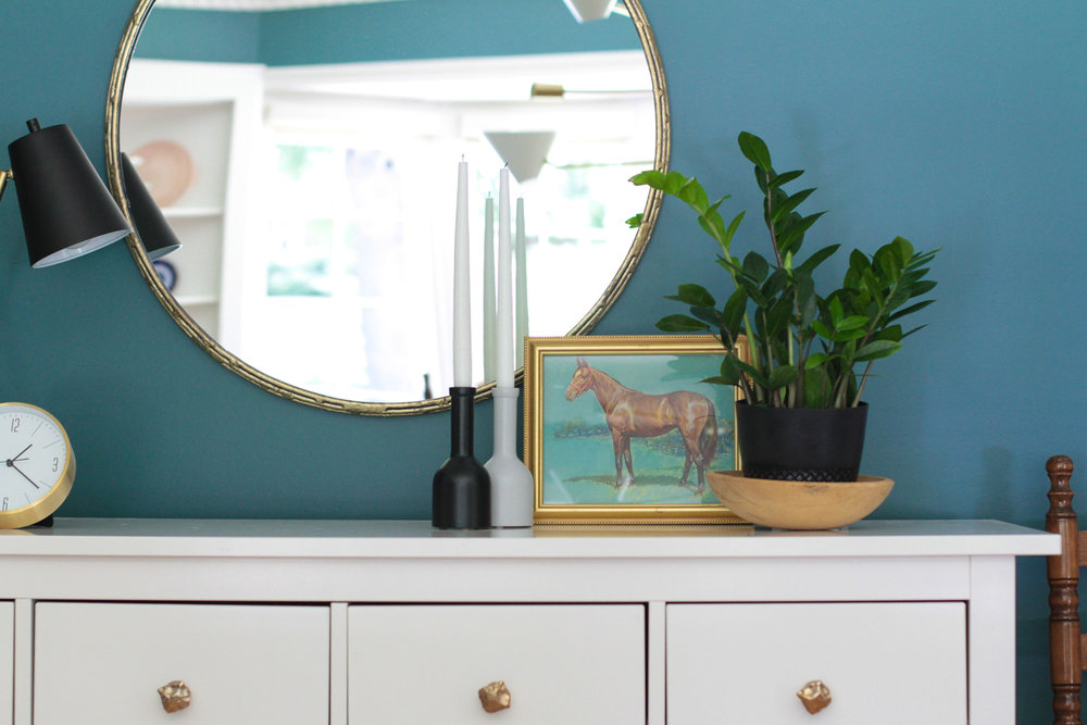 Vintage Horse Print in Green Modern Colonial Dining Room