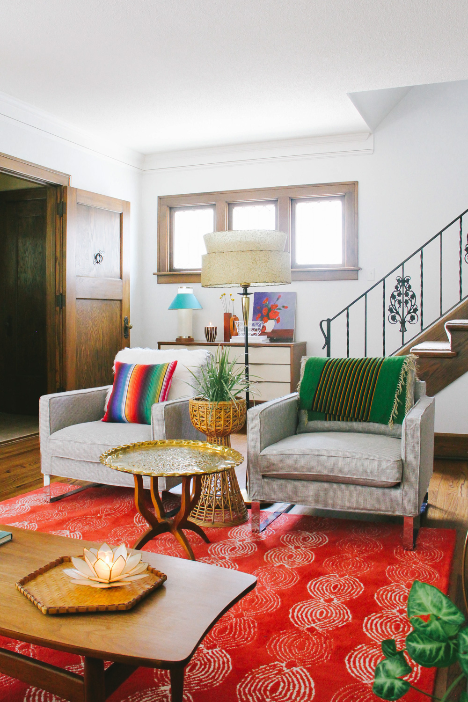 Grown-Up Bohemian Living Room  – Photo:  Bethany Gilbert