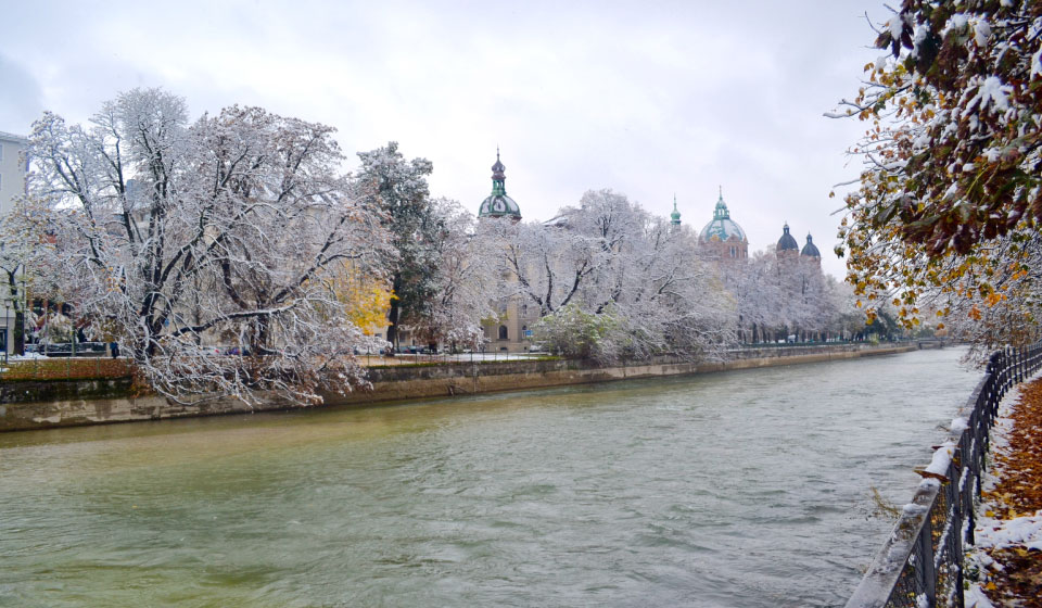 The Isar when it snows, Munich, Germany. Image©gunjanvirk