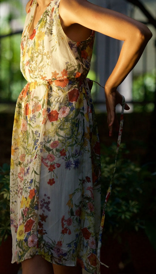 floral tie-back chiffon dress from Zara, image©gunjanvirk