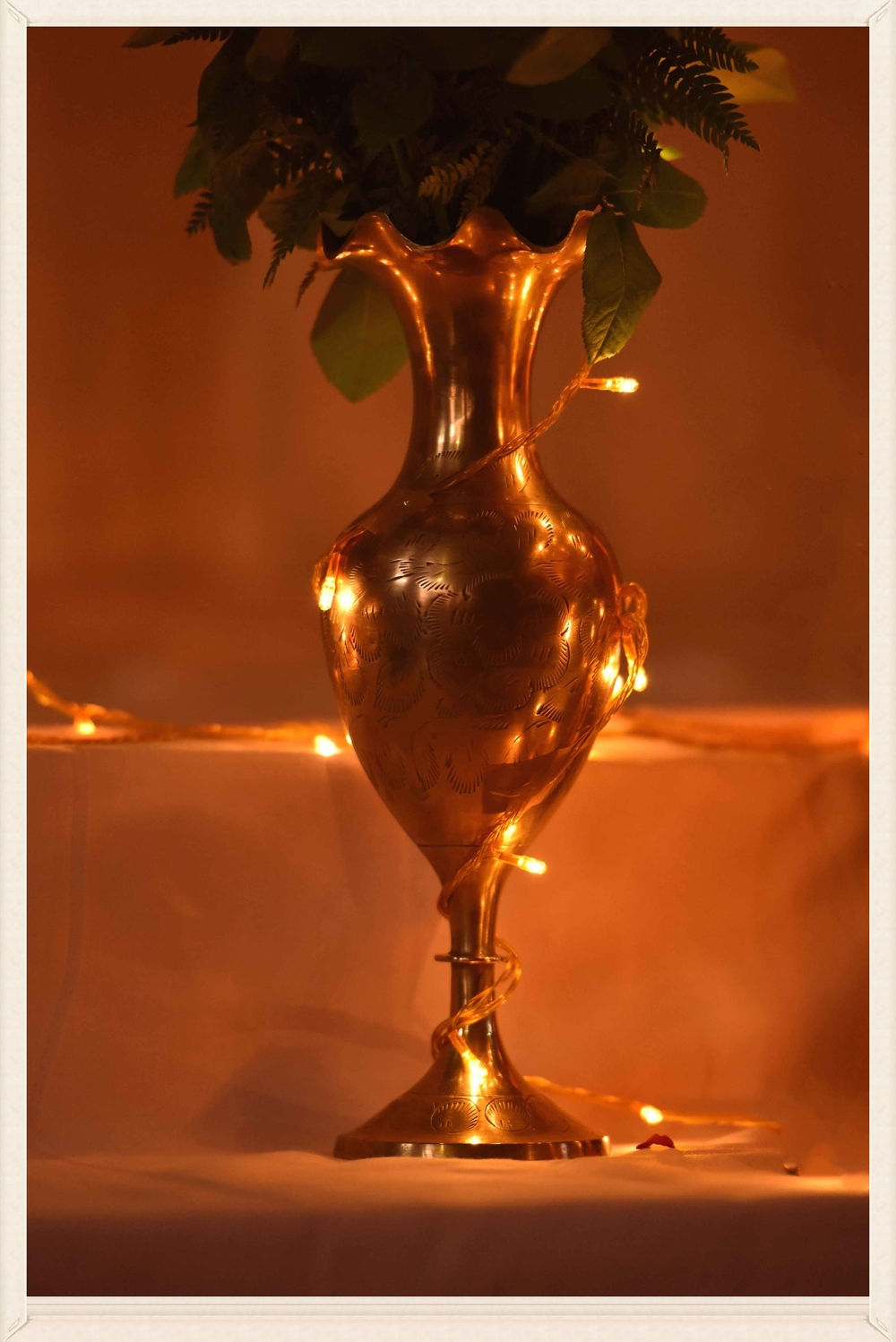 A lighted rose vase! Image©gunjanvirk
