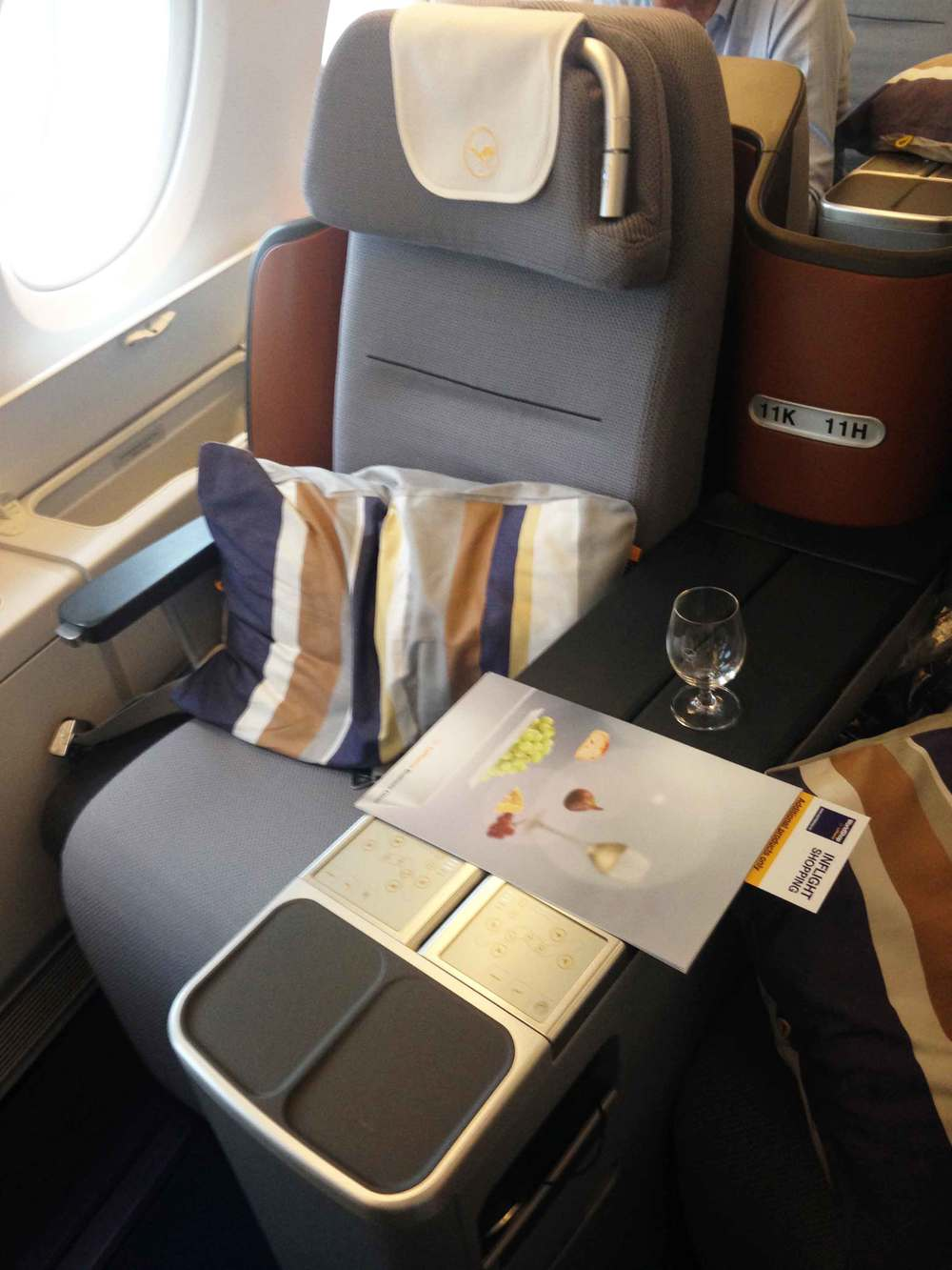 Image©sourcingstyle.com, Lufthansa Business Class, A380