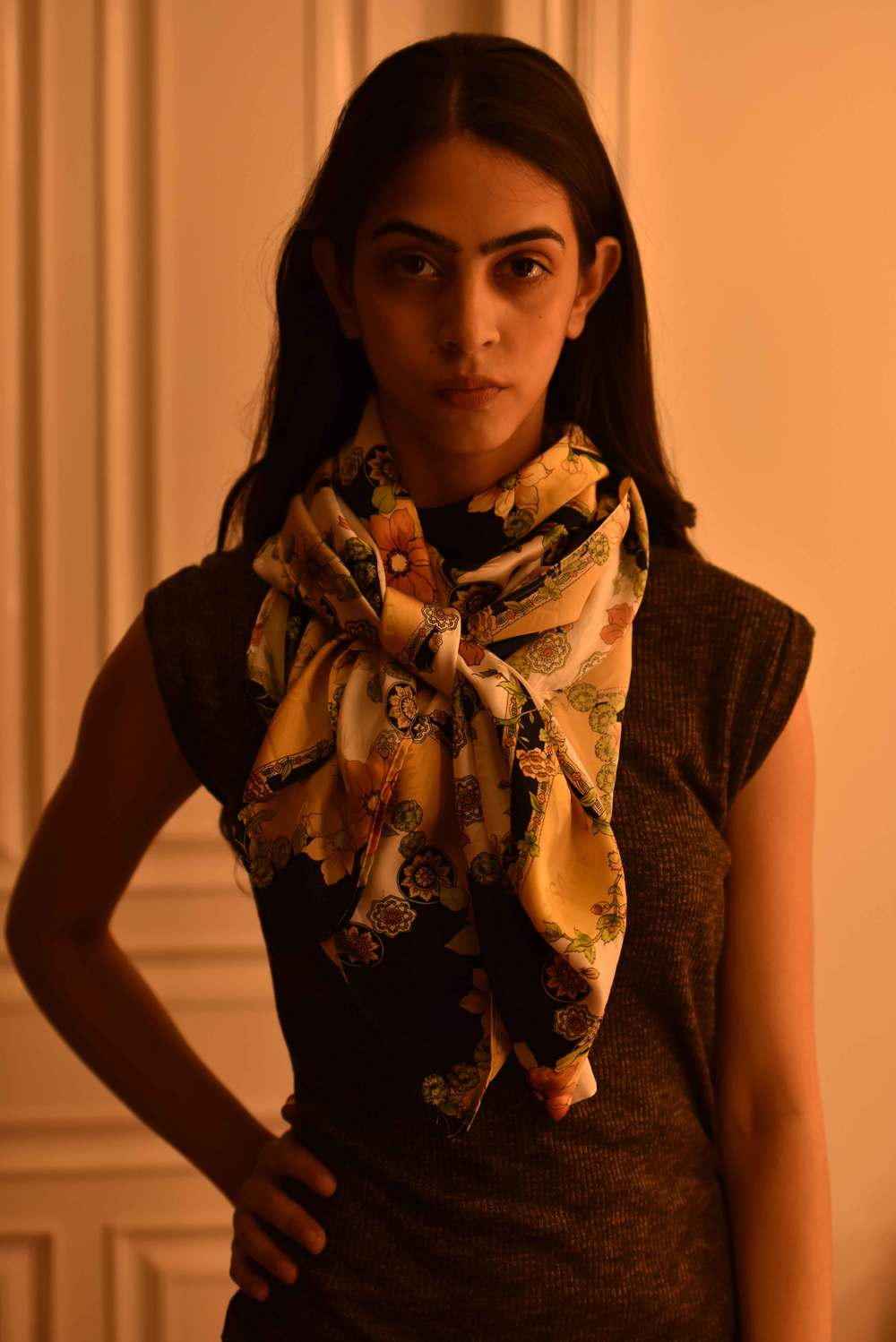 How to knot a scarf. Versace scarf, model: Mannat Dhaliwal, image©gunjanvirk.