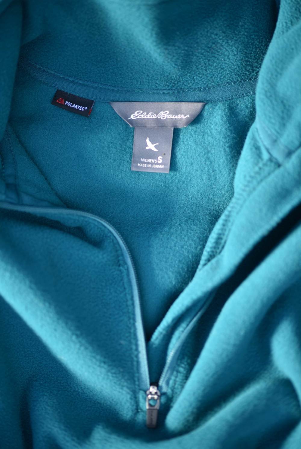 Details of my Eddie Bauer fleece jacket, image©gunjanvirk.