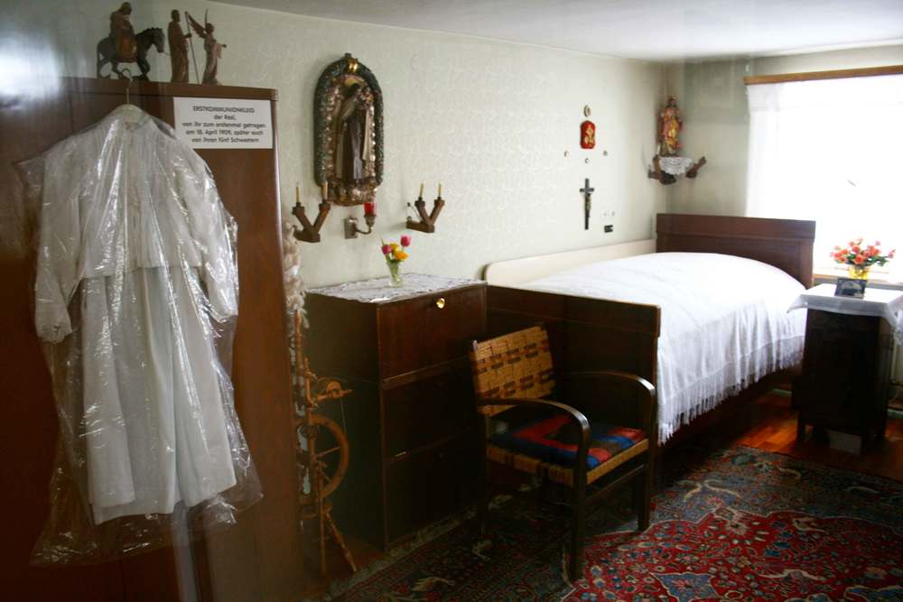 Image©sourcingstyle.com, room of Saint Therese Neumann where she experienced her weekly trances, Konnersreuth, Bavaria, Germany.