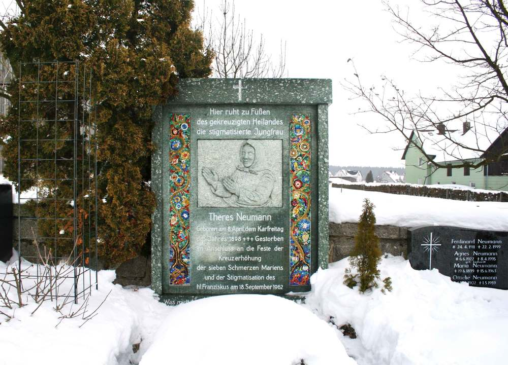 Image©sourcingstyle.com, grave of Saint Therese Neumann, Konnersreuth, Bavaria, Germany.