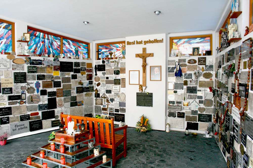 Image©sourcingstyle.com, 'Resl hat geholfen!' means in German that Resl (Saint Therese Neumann) had helped! Konnersreuth, Bavaria, Germany.