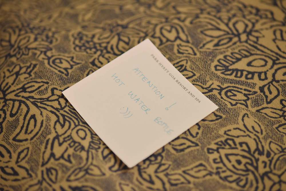 Note for hot water bottle in bed. Image©gunjanvirk