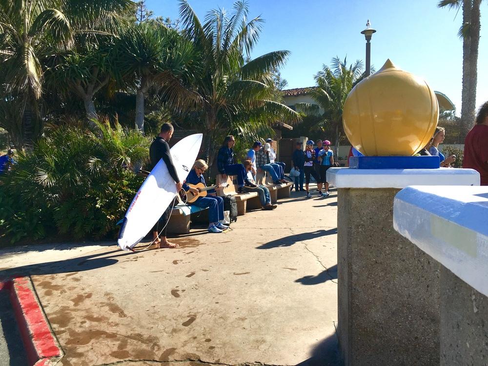 People enjoying a nice sunny day, Swamis beach, Encinitas, CA. Image©gunjanvirk, camera iPhone 6s Plus