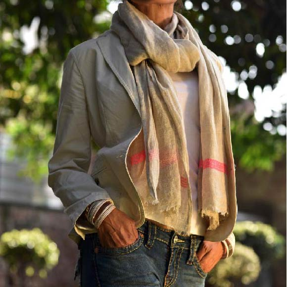 #RalphLauren Polo white short sleeve tee, #HallhuberShop scarf, #TalbotsOfficial light beige spring/summer jacket and my favorite #TrueReligion jeans with bangles from a local shop! Image©gunjanvirk