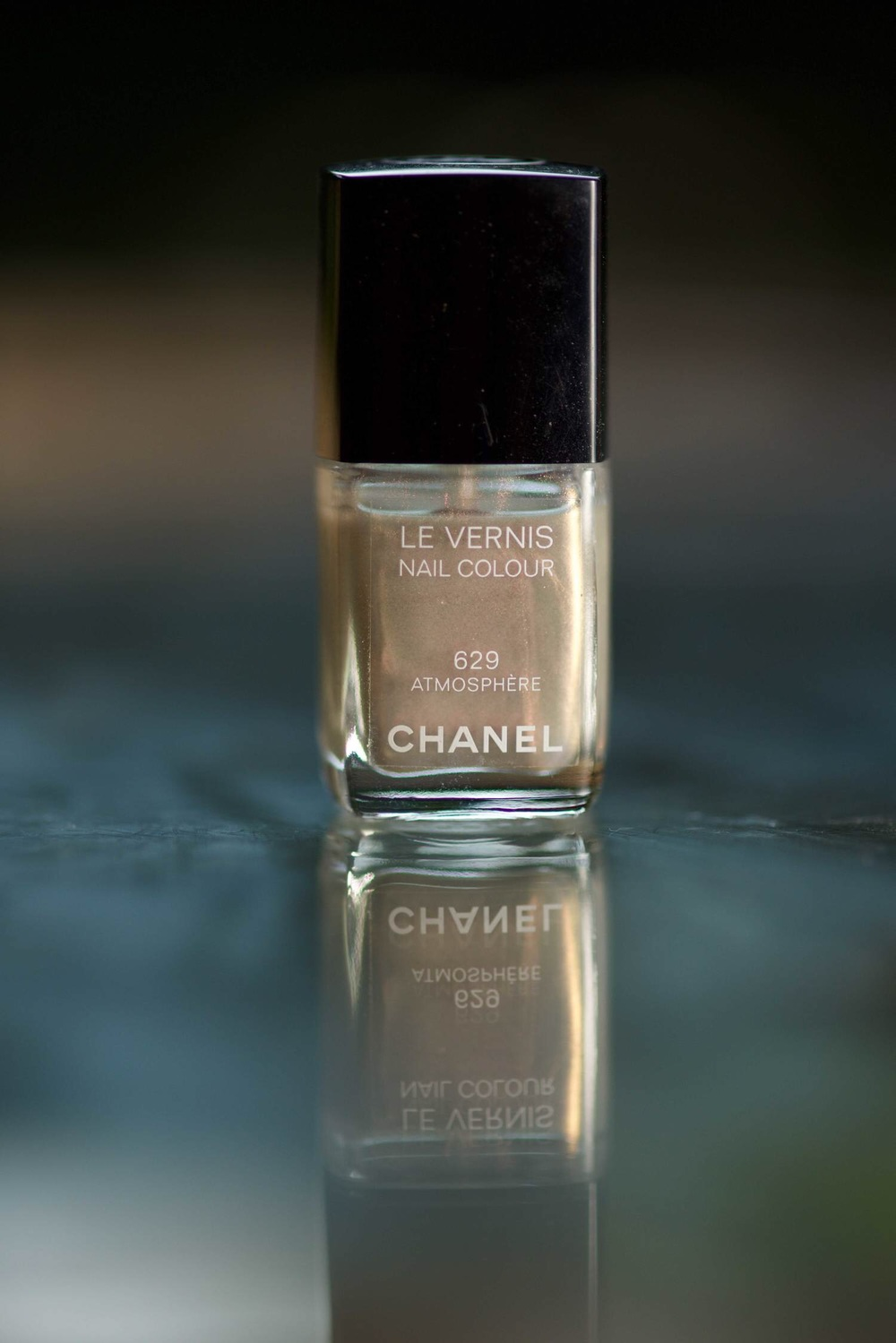 Chanel Le Vernis Nail Paint, image copyright gunjanirk