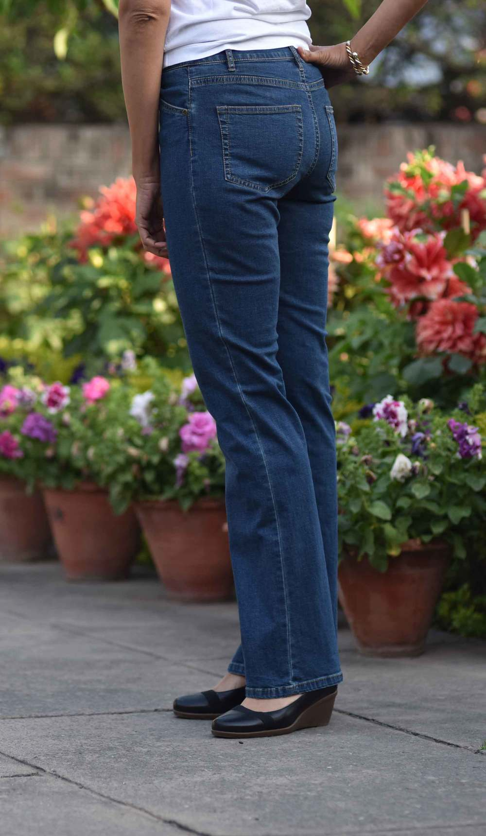 The JJill Tried and True Fit Bootcut jeans look so cool! Image©gunjanvirk