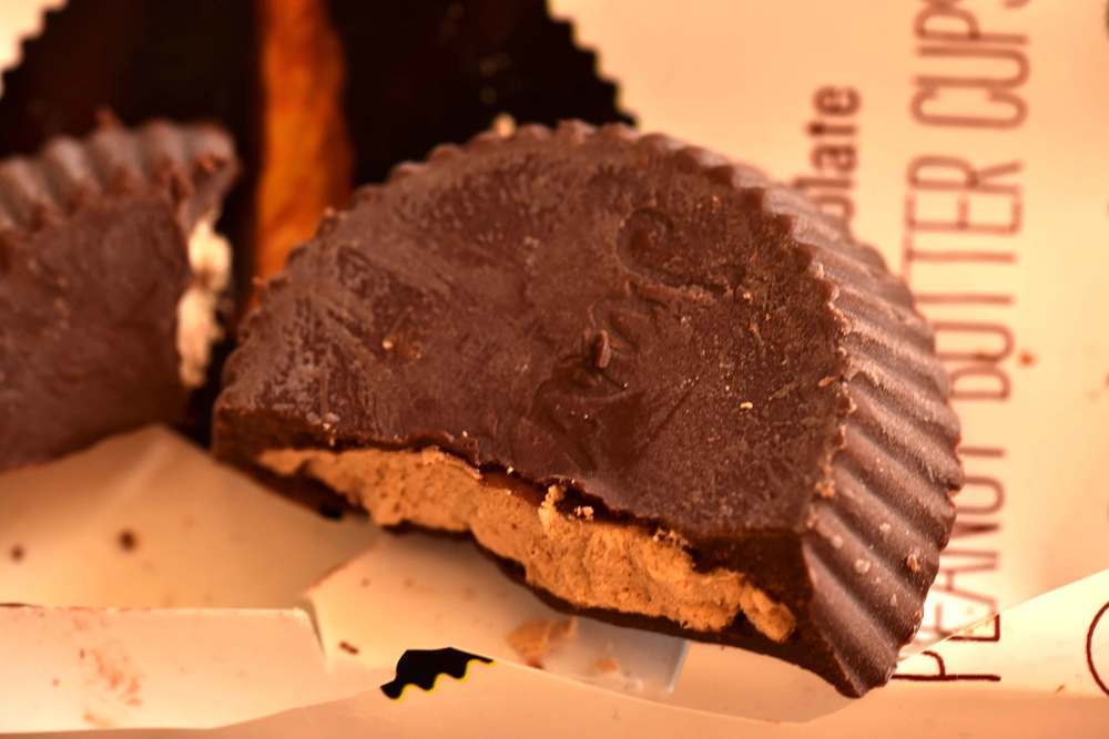This peanut butter chocolate from Justin's has two dark chocolate cups filled with delicious peanut butter! It amplifies my mood and gives me the energy I need especially when I am traveling for work and on vacations and hotel stays!  Image©gunjanvirk
