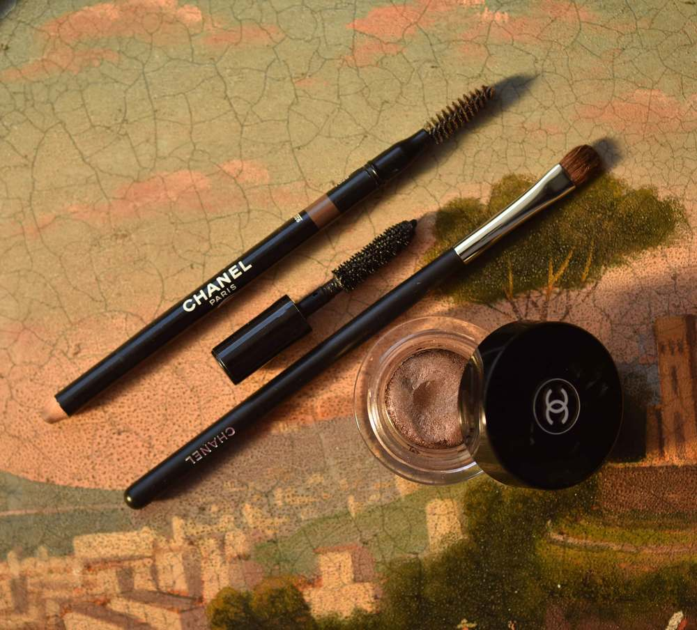 The Chanel Sculpting Eyebrow Pencil, the Chanel Mascara, the Chanel Small Eyeshadow Brush no.15, the Chanel Illusion D'Ombre Eyeshadow. Image©gunjanvirk