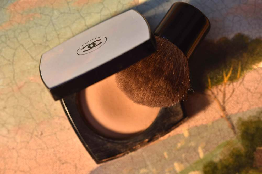 The Chanel Les Beiges Healthy Glow Sheer Color, the Chanel Touch Up Brush. Image©gunjanvirk