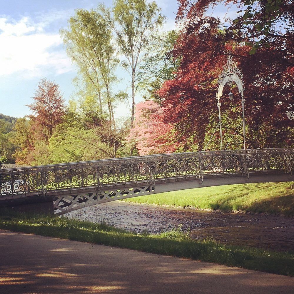 Bridge in a park, park Baden Baden. Image copyright sourcingstyle.com