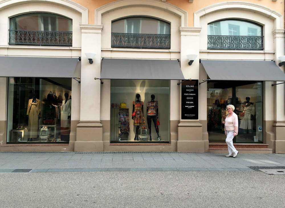 Gucci, Celine, Prada, shopping, Baden Baden, Germany. Image©sourcingstyle.com